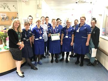 First OUH midwife receives DAISY Award